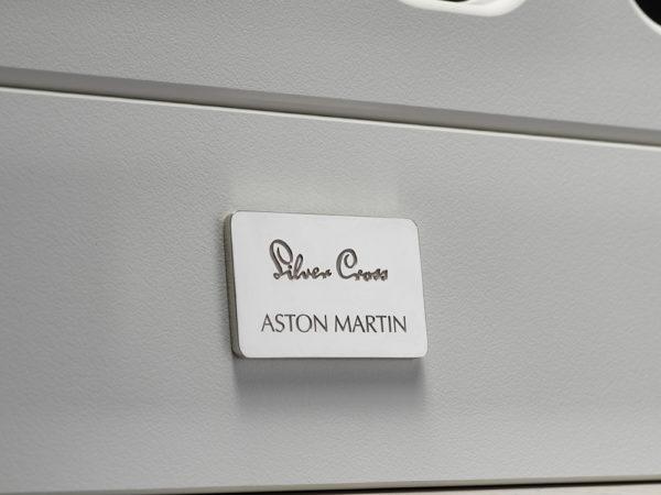 Silver Cross Aston Martin detale