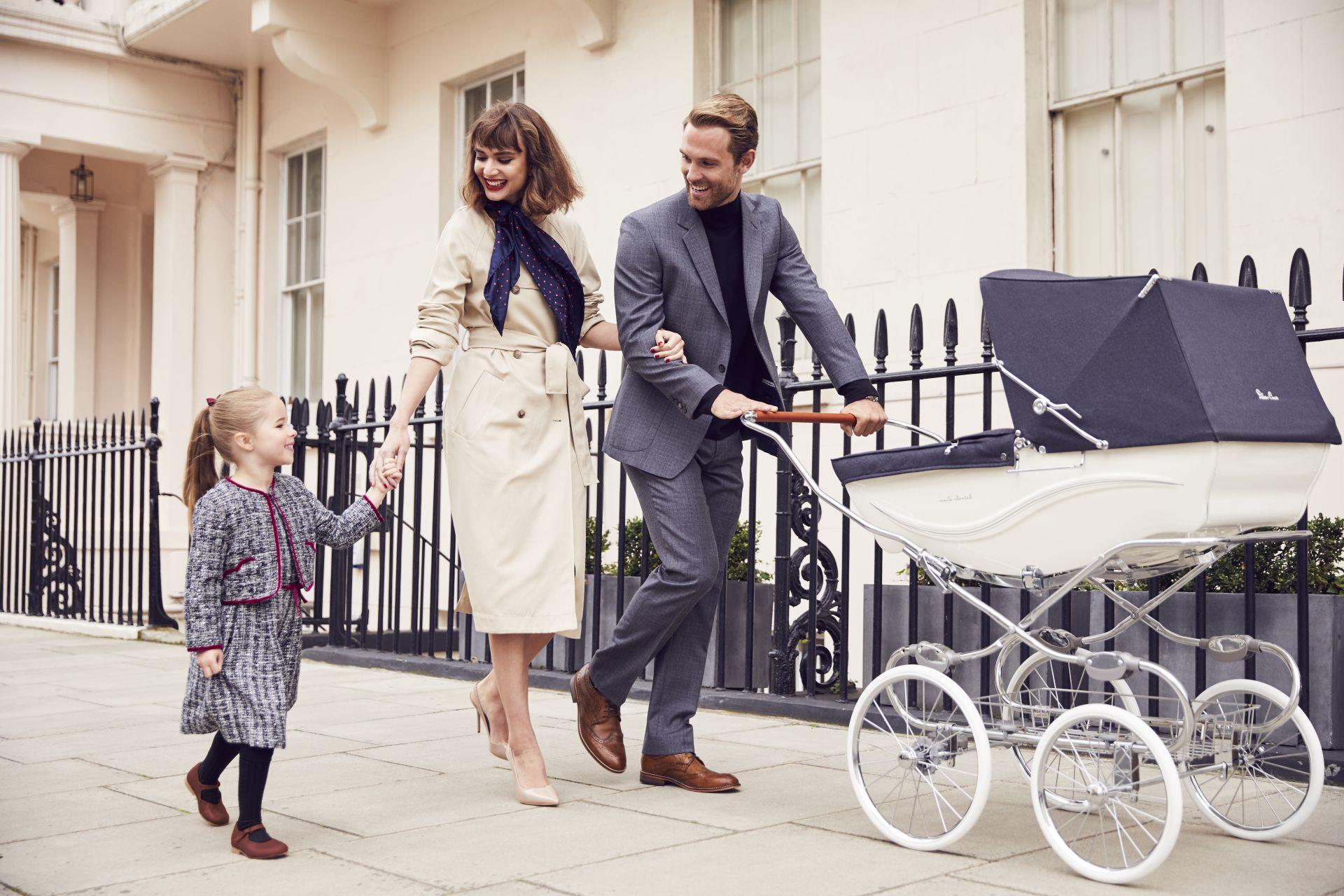 Silver Cross Kensington - lifestyle
